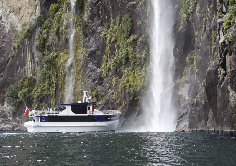 Real Journeys - Milford Sound Day Cruises