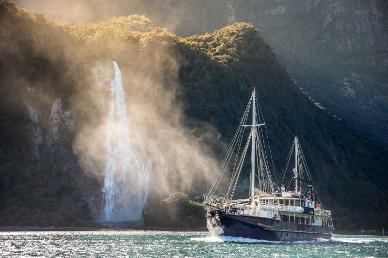 Real Journeys - Milford Sound Nature Cruises