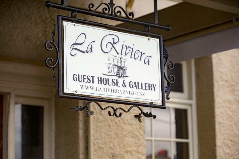 La Riviera Boutique Guest House