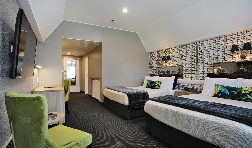 Invercargill Accommodation - Ascot Park Hotel