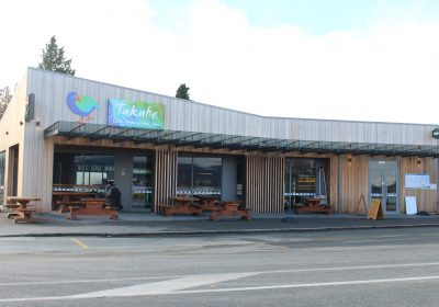 Takahe Cafe & Bar